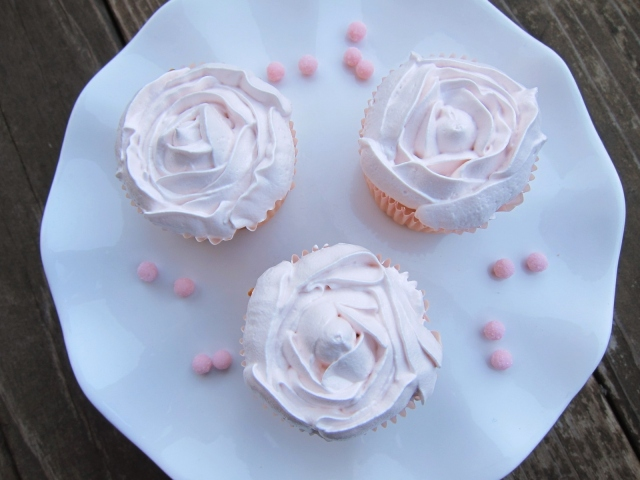 Rose water buttermilk cupcakes (19)