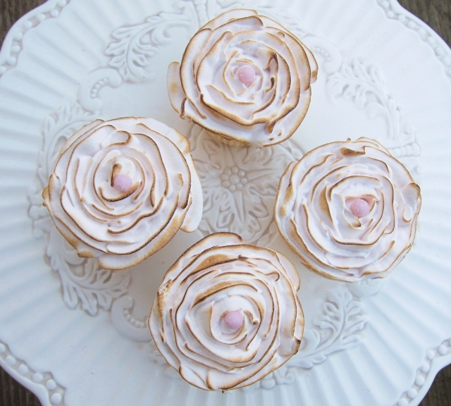 Rose water buttermilk cupcakes (26)