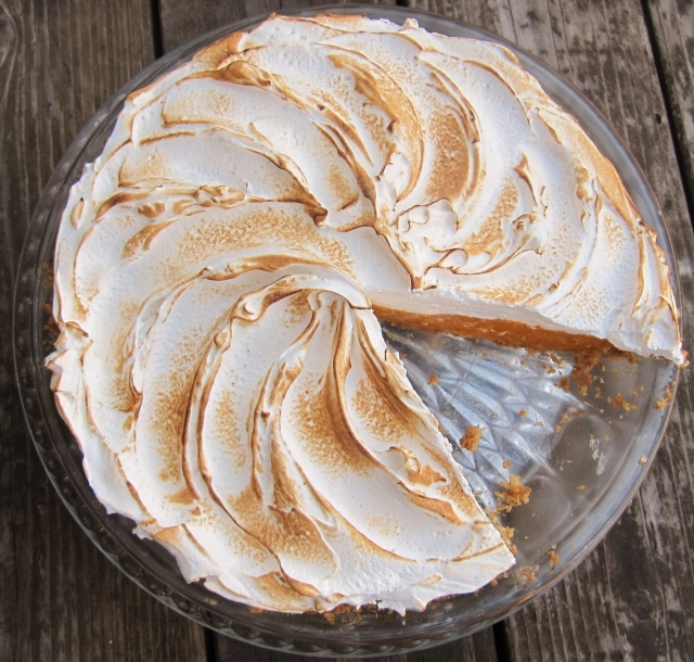 Mango Meringue Pie (12)