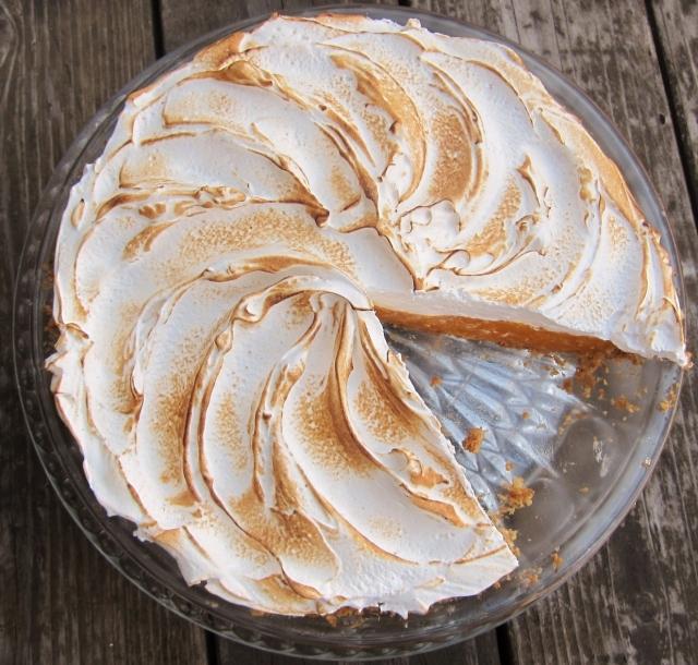 Mango Meringue Pie (12)