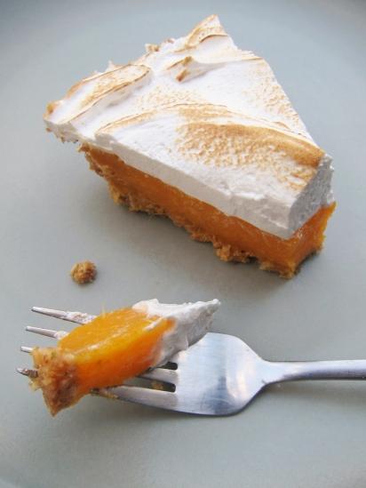 Mango Meringue Pie (13)