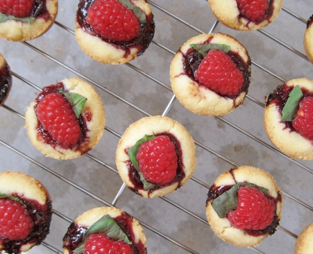Raspberry Basil Brandy Shortbread (6)