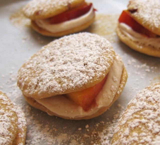 Peach whoopie pies (6)