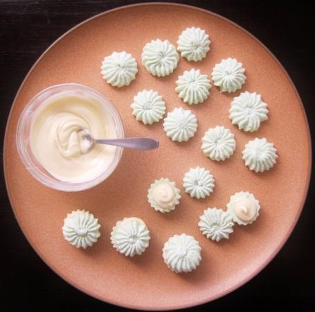 Wasabi meringues (54)