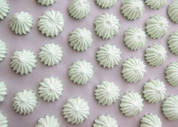 Wasabi meringues (86)