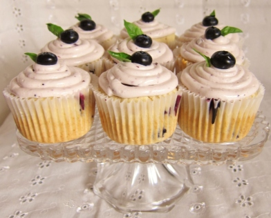 Blueberry Bourbon Basil Cupcakes (20)