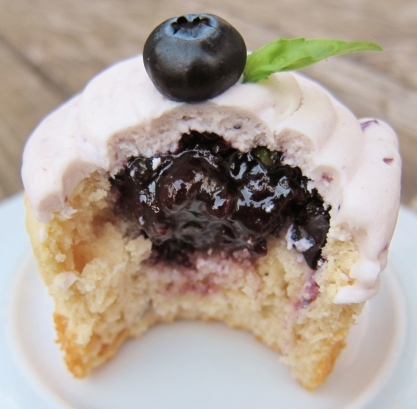 blueberry-bourbon-basil-cupcakes-23