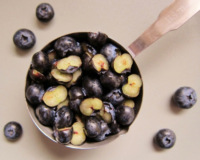 Blueberry Bourbon Basil Cupcakes (3)