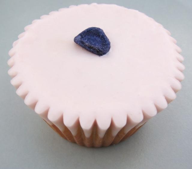violet cupcakes (19) - Copy