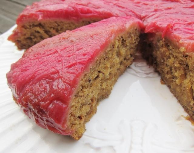 Rhubarb Banana Skillet Cake (22)