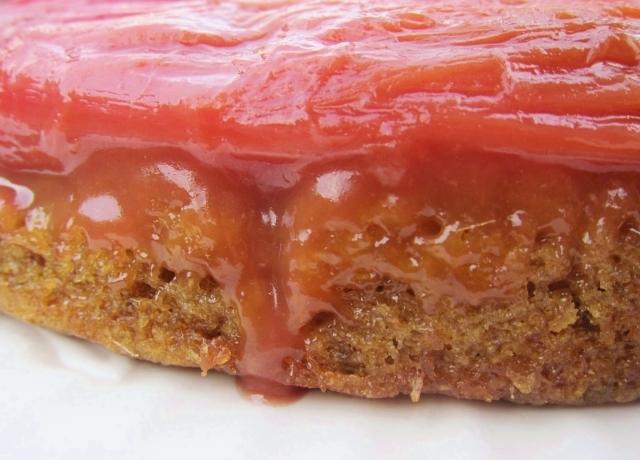 Rhubarb Banana Skillet Cake (5)